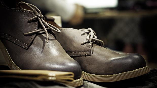 Comment bien lacer ses chaussures hommes